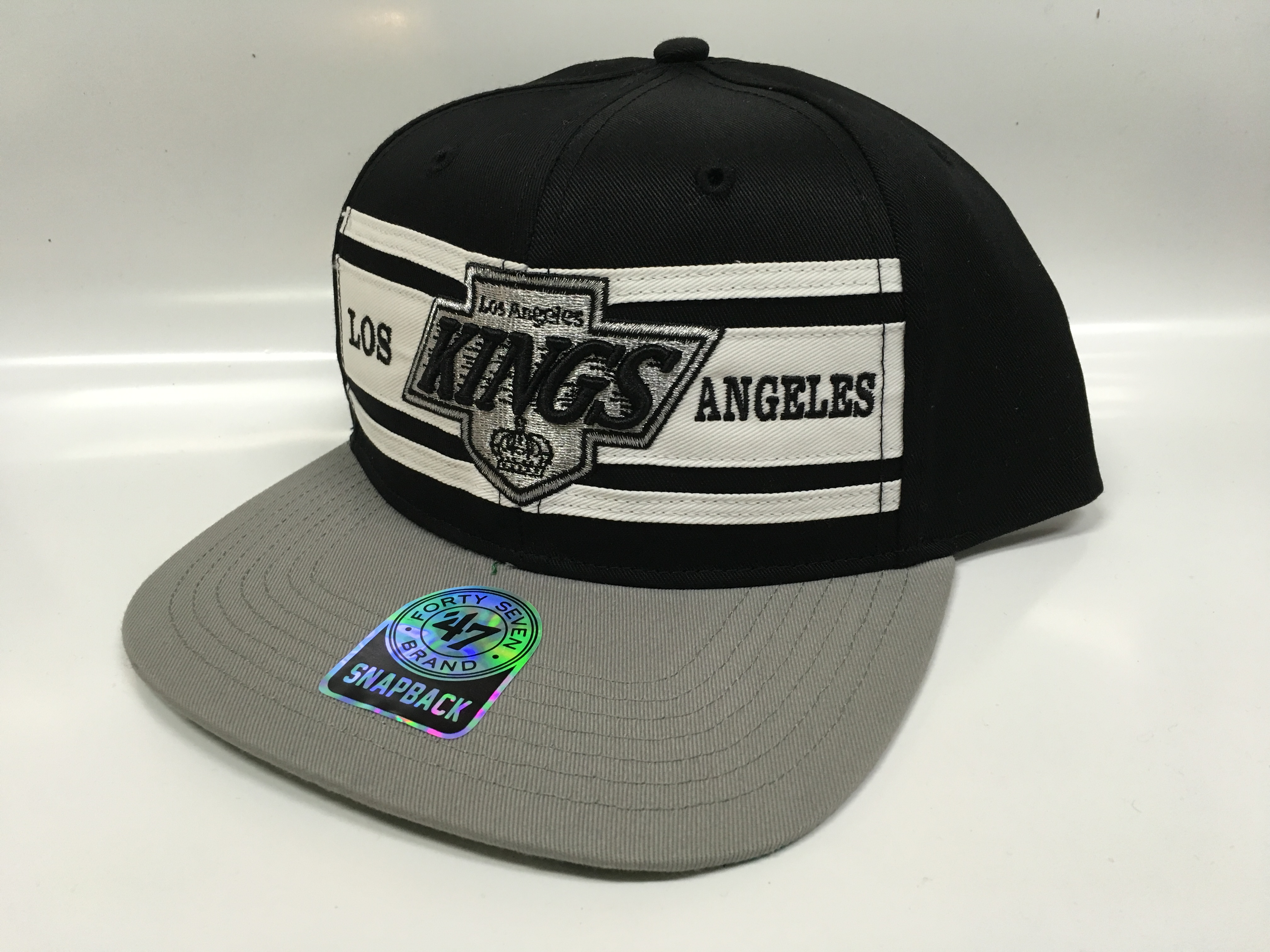 47 Brand Kšiltovka Los Angeles Kings Three Stripes Snapback
