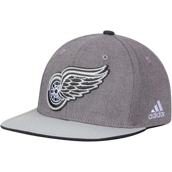 Adidas Kšiltovka Detroit Red Wings Travel & Training Snapback